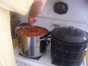 Boiling down diced tomatoes